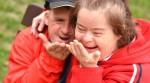 Mann und Frau mit Down-Syndrom
